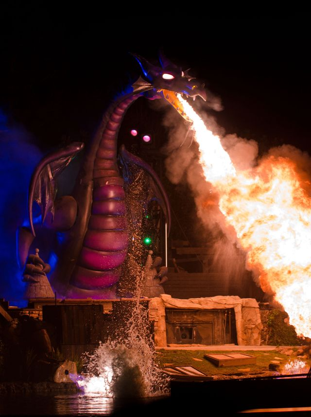 Our list of the best Disneyland attractions, and the reasons why. Some surprises...