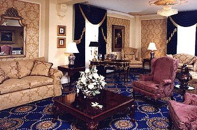 Hotel Saskatchewan parlour