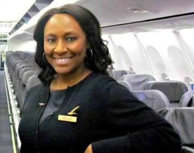 FLIGHT ATTENDANT RESCUES TEEN FROM HUMAN TRAFFICKER BY LEAVING A NOTE FOR HER IN BATHROOM MIRROR