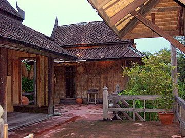traditional thai home - Thai Home Design
