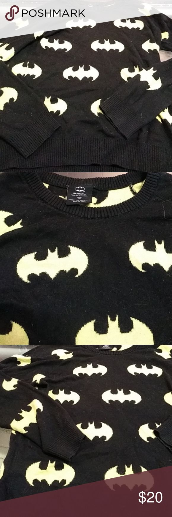 Batman sweater Black and yellow pullover sweater #unisex #batman #dc #comicbook #comics #cosplay Hot Topic Sweaters Crew & Scoop Necks
