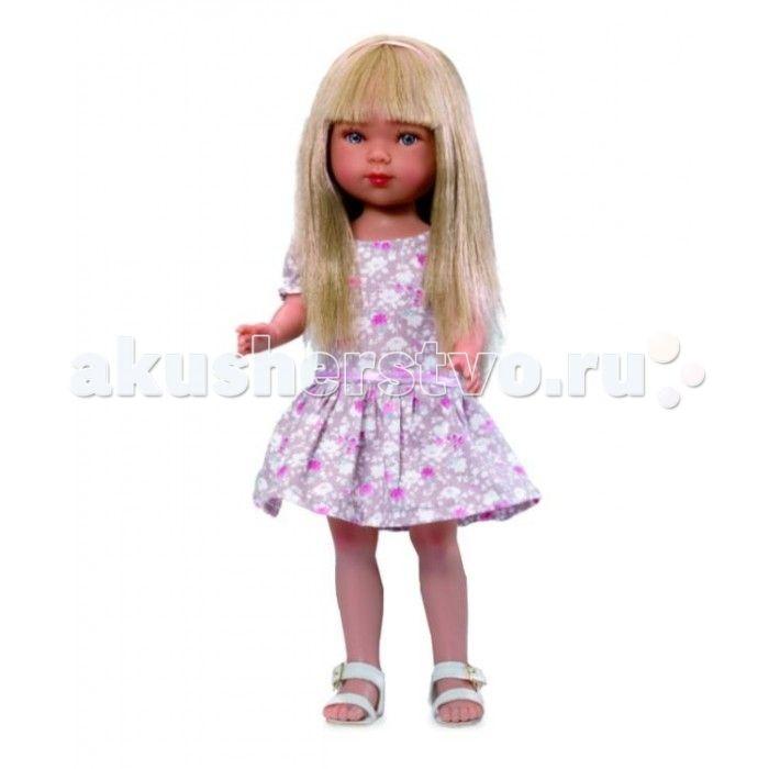 Vestida de Azul Карлотта блондинка с челкой Лето Кантри  Vestida de Azul Карлотта блондинка с челкой Лето Кантри добрая, приветливая и очаровательная кукла, которая поразит своим гламурным образом и невероятно реалистичной внешностью и непременно понравится вашей маленькой принцессе.   Особенности: Красавица блондинка Карлотта в стильном наряде: нежное платье с цветочным узором и пышной юбкой, и светлые босоножки. Романтичный летний образ куклы в стиле кантри поможет сформировать вкус…