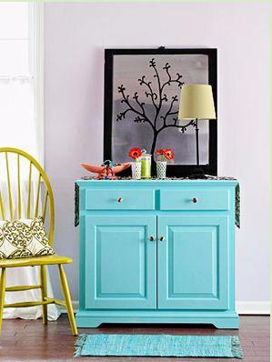 Embora muitos pensem o contrário... móveis antigos e contemporâneos se completam. Além disso a utilização de um móvel antigo na decoração, ...