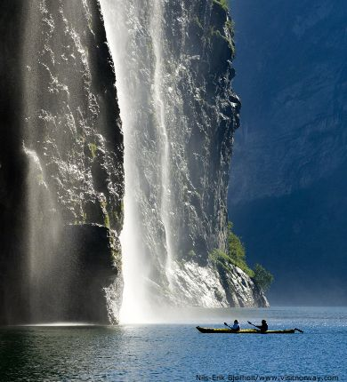 norwegian fjords, kayaking on a fjord, summer holidays in norway, norway ski resorts in summer