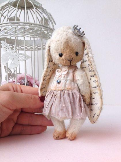 Мишки Тедди ручной работы. Ярмарка Мастеров - ручная работа. Купить Принцесса. Handmade. Зайка, заяц, тедди, корона, вискоза