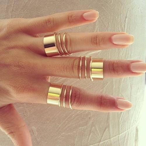 Love those #rings so cute! gold power!