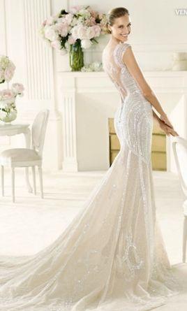 Pronovias Manuel Mota Ventura: buy this dress for a fraction of the salon price on PreOwnedWeddingDresses.com