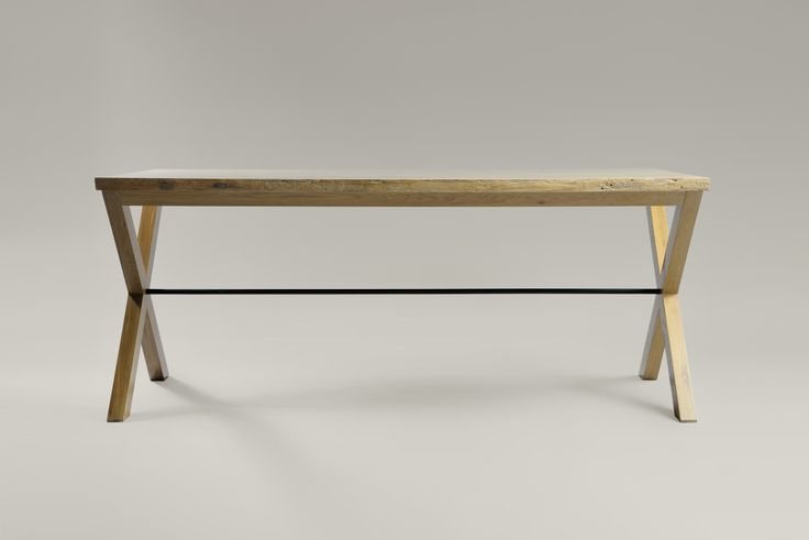 Spartacus table. Moromou