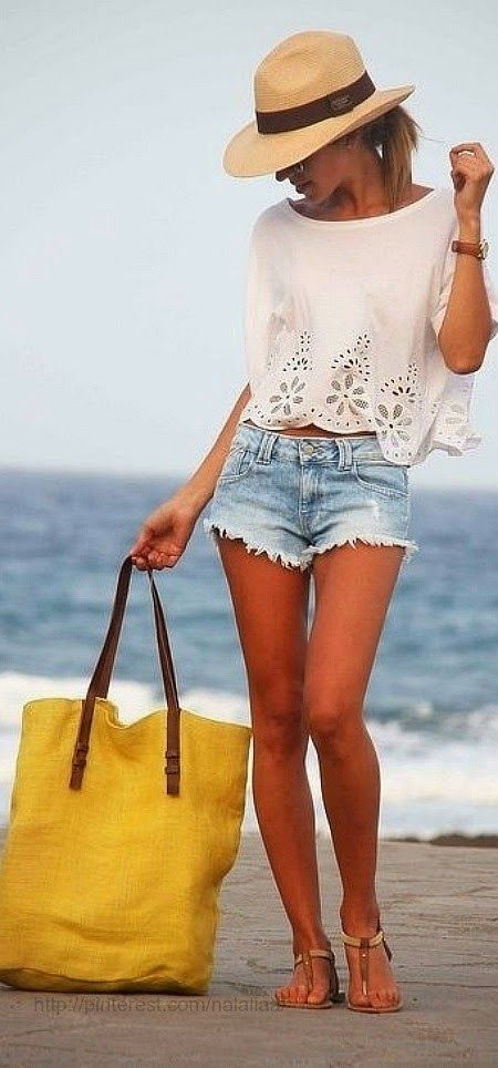 Summer style, Absolutely love this look. perfect for any honeymoon or beach outing