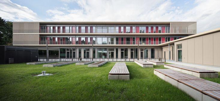 Lernhaus statt Frontalunterricht - Grundschulneubau und Sporthalle von Auer Weber in München