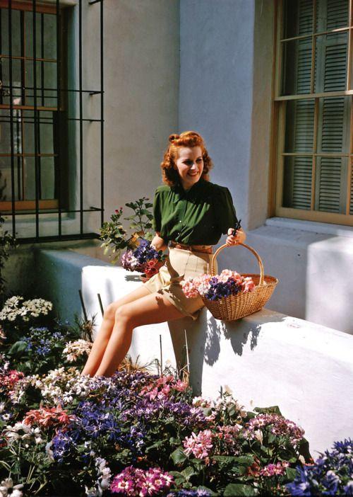 Maureen O'Hara, 1940s    (Source: ladylikelady)           (originally from ladylikelady)