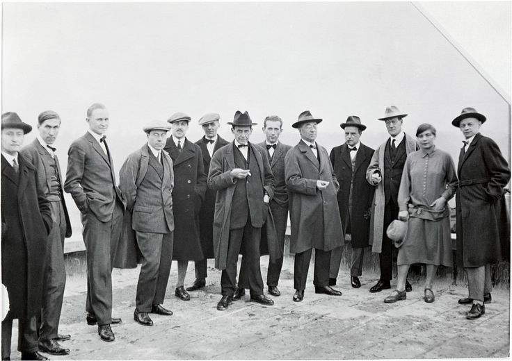 The Bauhaus masters on the roof of the Bauhaus building in Dessau. From the left: Josef Albers, Hinnerk Scheper, Georg Muche, László Moholy-Nagy, Herbert Bayer, Joost Schmidt, Walter Gropius, Marcel Breuer, Vassily Kandinsky, Paul Klee, Lyonel Feininger, Gunta Stölzl and Oskar Schlemmer.