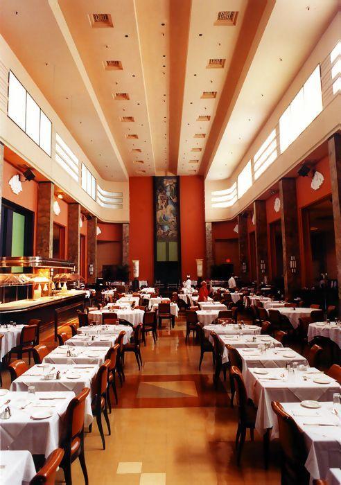 Eaton's Montreal - 9th Floor Restaurant #artmoderne #jaquescarlu