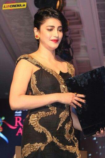 Shruti hassan Ritz style award
