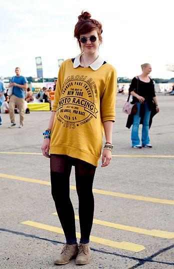 quel maglione giallo è stupendo
