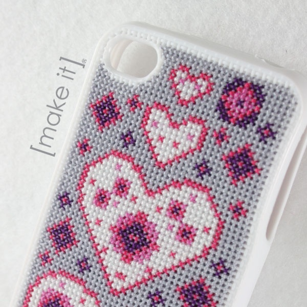 iPhone Cover Cross Stitch Kit by [make it] 1121 - Tittle + Tat.
