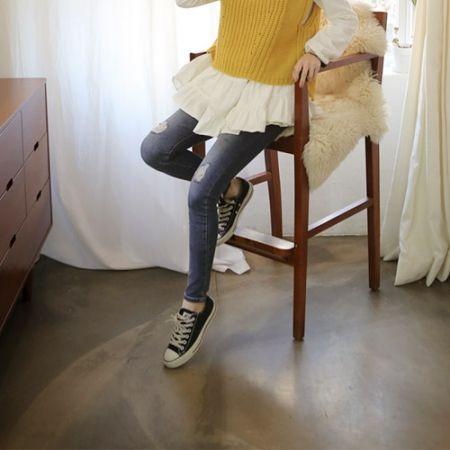 Womens Clothing Store [VANILLAMINT] paniseu Jeans / Size : 25-30 / Price : 43.60 USD #dailyllook #dailyfashion #fashionitem #bottom #pants #jeans #denim #skinnyjeans #ootd #vanillamint http://en.vanillamint.net/ http://cn.vanillamint.net/ http://jp.vanillamint.net/