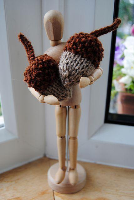 Knitted Acorn ~ Free PDF Pattern