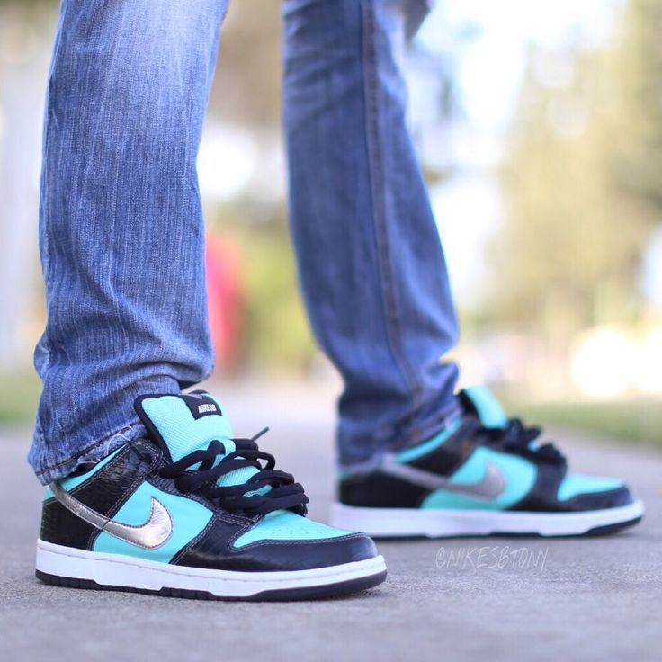"Diamond Supply Co. x Nike Dunk Low Pro SB ""Tiffany"""