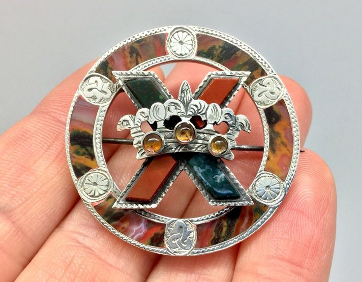 This is a superb large,high quality antique Victorian Scottish crown & St.Andrews cross design agate silver brooch with exquisite engraved Celtic motifs in excellent condition. The stones used are stunning colourful gold and green moss agates from Burn Anne in Ayrshire,green and red speckled bloodstones from the Isle of Rum and red jaspers from the Campsie Fells. | eBay!