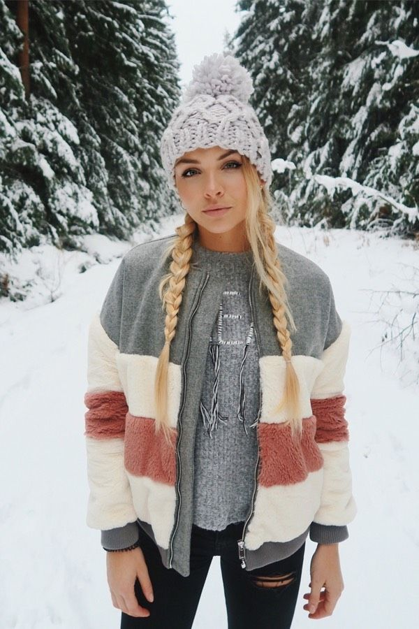 b7531005a 30 Adorable Winter Outfits With Beanies -   All Pins   Mood Flare ...