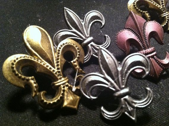 Items Similar To Fleur De Lis Decorative PushPins Set Of GREAT Gift!