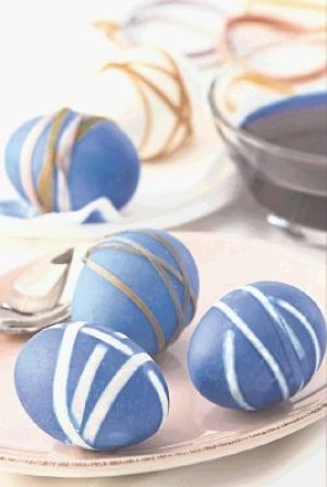The hottest Easter egg shades and styles made with food color