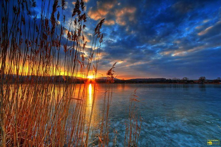 Kein Sonnenuntergang in der Karibik sondern im Nordharz an der Veckenstedter Teichwirtschaft Guten Morgen ich wünsche euch einen schönen sonnigen Sonntag. Heute werde ich die Bilder der letzten Tage bearbeiten und es etwas ruhiger angehen lassen. Schöne Grüße  @Bild darf gerne geteilt werden  #Sonnenuntergang #Sunset #Sunrise #Sun #Sonne #Sonnenstrahlen #VeckenstedterTeichwirtschaft #Teichwirtschaft #Veckenstedt #Teich #Nordharz #Harz #Landscape #Nature #Canon #Fotografie #Photography