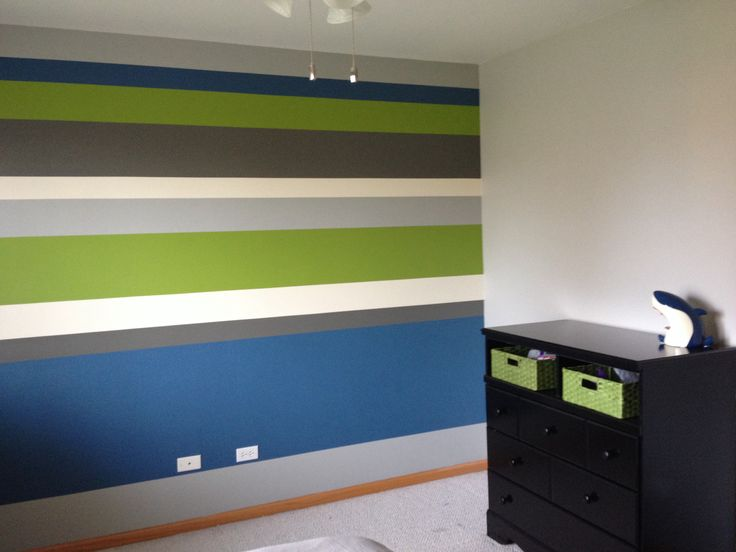 Boys bedroom horizontal stripes accent wall bm for Painting stripes on walls in kids room