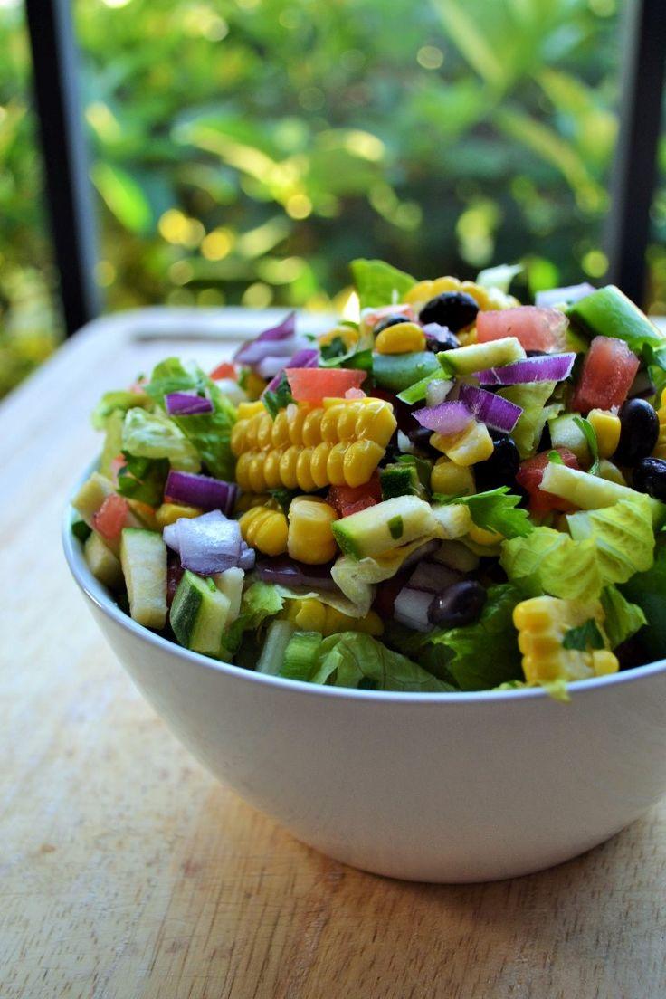 Perfect fresh vegetable salad to kick off Spring! Farmers Market Salad  http://www.packmomma.com/farmers-market-salad/