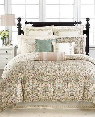 Martha Stewart Collection Ornate Paisley Collection