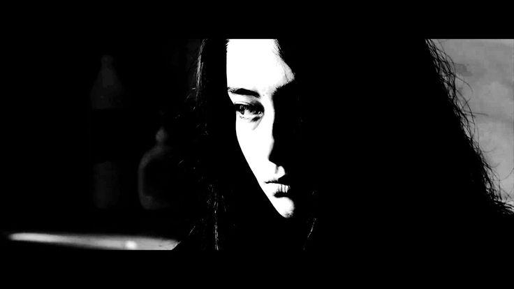 Sinemanın fotoğrafı hakkında kişisel bir derlemedir. Bu video aşağıda belirtilen sinema filmlerinin resmi fragmanlarında yer alan sahnelerden üretilmiştir. - 8 Saniye (2015)  - Araf (2012)  - Ayla (2017)  - Bir Zamanlar Anadolu'da (2011)  - Ekşi Elmalar (2016)  - Kış Uykusu (2014)  - Limonata (2015)  - Pek Yakında (2014)  - Son Mektup (2015)  - Üç Maymun (2008)   Müzik: Allemande, Wahneta Meixsell. Montaj: Koray Kışlalı, 2017.  http://koraykislali.com/