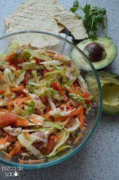 Salpicón de pollo (ensalada fresca y fácil de pollo) | http://www.pizcadesabor.com:
