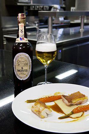 http://www.ilovebeer.it/it/il-menu-perfetto/ricette/petto-e-coscia-di-pollo-con-purè-di-patate-alla-birra-e-carota-alla