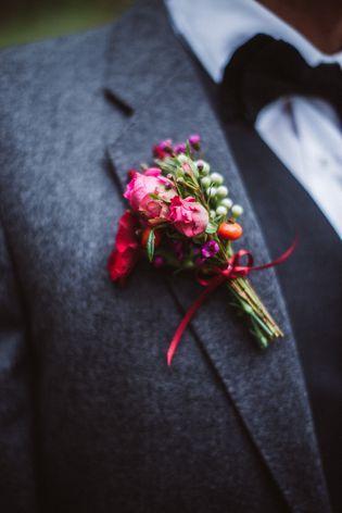 Vintage Brautkleid mit wunderschönem Blumenkranz