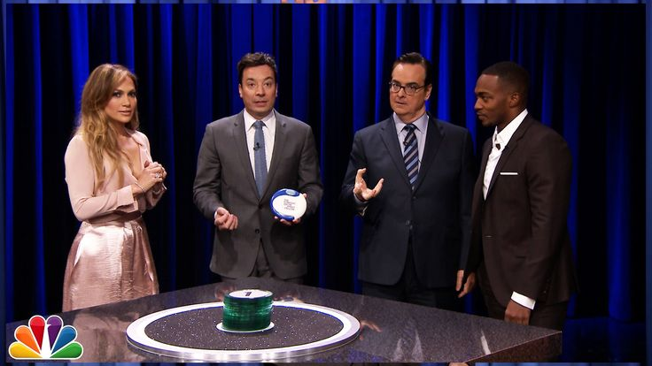 Jimmy and Jennifer Lopez team up against Anthony Mackie and Steve Higgins for a very intense game of Catchphrase.