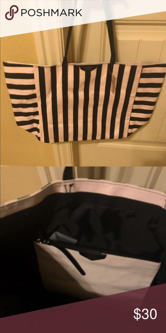 Victoria's Secret Bag Brand new Victoria's Secret bag, never used. Also has smaller make up bag inside. Victoria's Secret Bags Totes