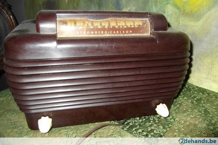 antieke radio merk Stromberg-Carlson, werkt nog ,in bakeliet