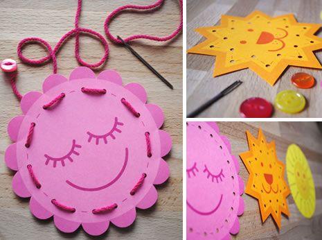 Des projets créatifs de cartes à lacer DIY pour la motricité fine des enfants et la dextérité. Un projet créatif et pédagogique !