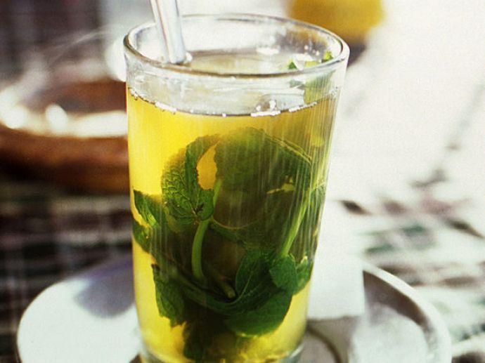 http://www.deliciiculinare.ro/retete/bauturi/touareg-tea-ceai-de-menta-marocan.html