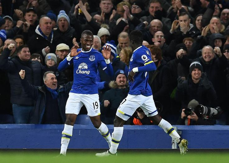 Everton 3 Southampton 0: Enner Valencia bags first Toffees goal as Leighton Baines scores from the spot