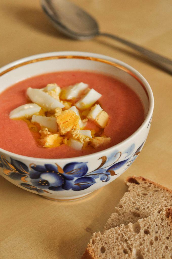 Salmorejo - eine spanische kalte Tomatensuppe