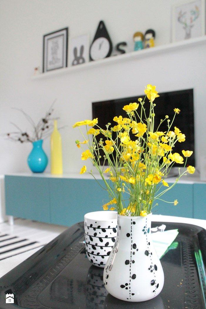 Pokój dzienny - zdjęcie od Agnieszka Kijowska - Salon - Styl Skandynawski - Agnieszka Kijowska, black & white, scandinavian design, livingroom, pillows, patchwork, decoration, diy