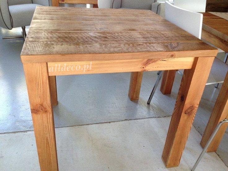 Stolik ze starego drewna/ table basse en vieux bois