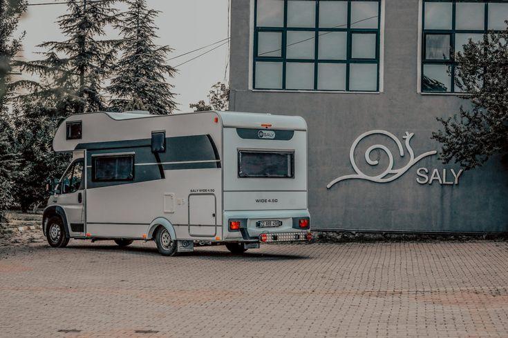 SALY Wide 4.50 Motorhome 4.50 meters Motorhome cabin plus alcove, up to 6 people bed capacity SALY Wide 4.50 Motokaravan 4.50 metre motokaravan kabin boyu artı alkoven. 6 kişiye kadar yatak kapasitesi. #saly #motokaravan #motorhome #salykaravan #salycaravan #reisemobil #wohnmobil
