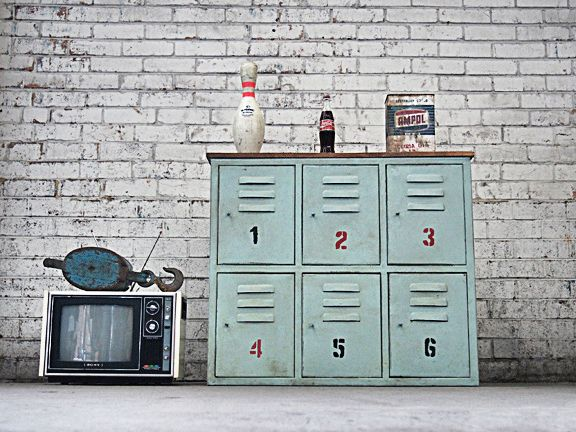 This industrial locker sideboard is perfect as a kitchen island, storage unit or TV stand. These metal lockers are perfect for any cafe, bar restaurant or home. Lockers online