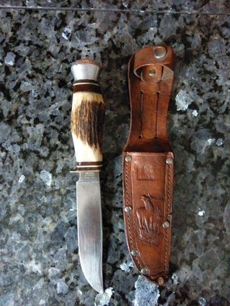 Vintage German Jagdmesser (hunting knife) era 1945. Antler handle, carbon steel blade, original sheath.