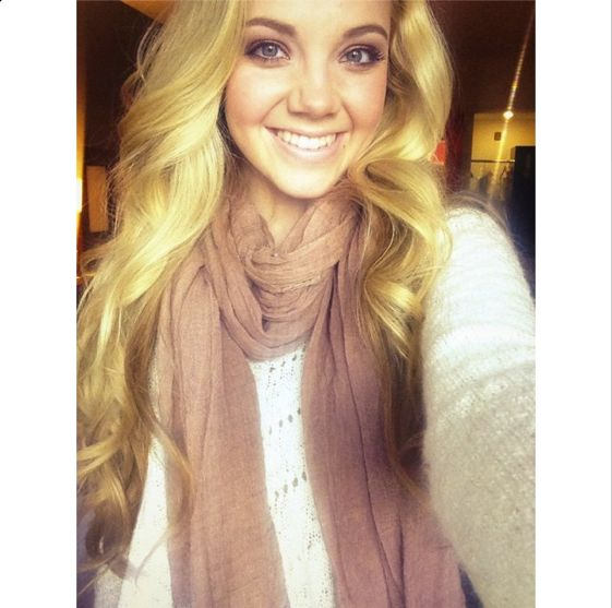 Danielle Bradbery  She is just gorgeous
