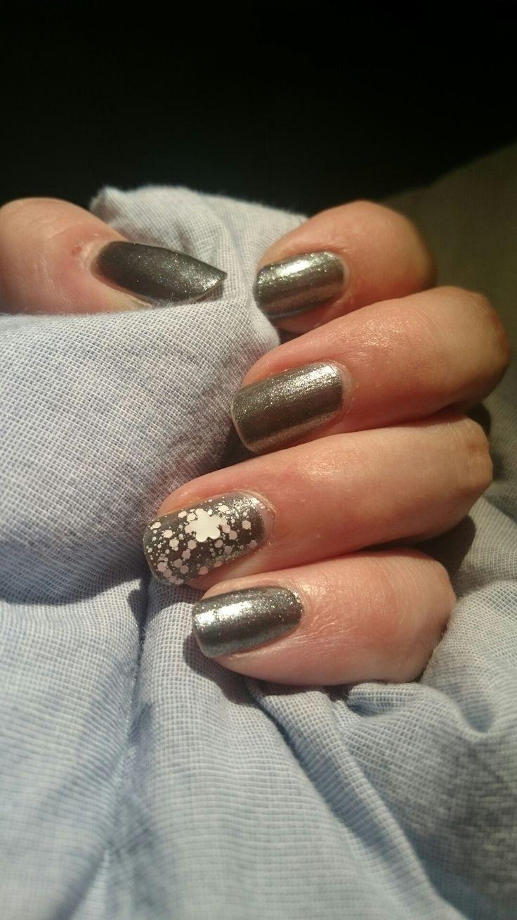 Metalspring nails