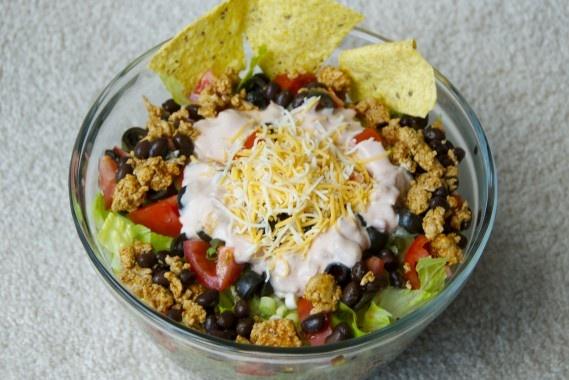 Taco Taco Salad! Get Taco seasoning at shop rite http://thekrazycouponlady.com/2012/09/05/old-el-paso-taco-seasoning-as-low-as-0-19-at-shoprite/old-el-paso-shoprite/